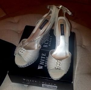 White House Black Market Wedges